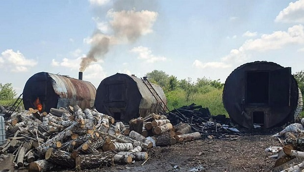 Цех із випалювання деревного вугілля